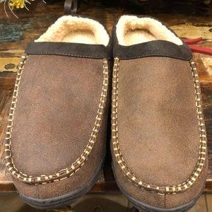 Levi's  men's slippers 13/14